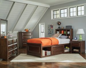 Greenough Twin Bedroom Collection - Maple Oak Finish